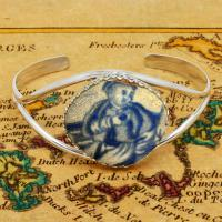 British Pottery Artifact in silver bracelet, (1800 - 1820) Eastern Caribbean Sea Shipwreck.