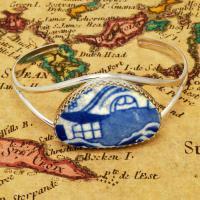 British Pottery Artifact in silver bracelet, (1800 - 1820) Eastern Caribbean Sea Shipwreck.