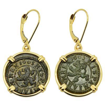 1605 and 1602 Spanish maravedis in gold earrings