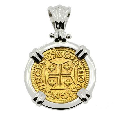 1720 Portuguese 400 Reis Coin in white gold pendant.