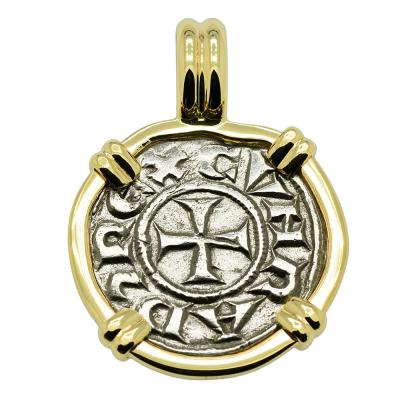 Middle Ages Italian Crusader Cross coin gold pendant