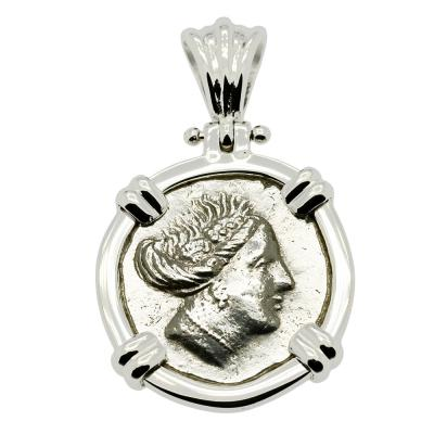 340-170 BC, Nymph Histiaia coin in white gold pendant