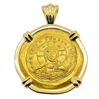 Byzantine Jesus Christ nomisma coin in gold pendant