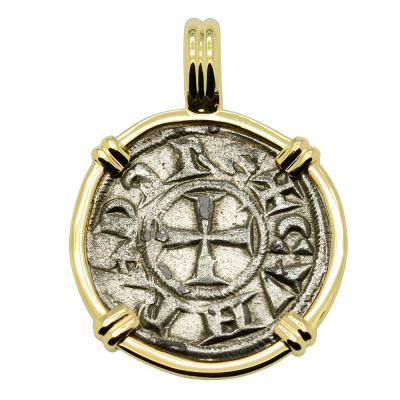 Middle Ages Italy Crusader Cross coin gold pendant