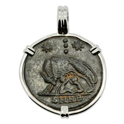 Roman She-Wolf Suckling Twins coin in white gold pendant