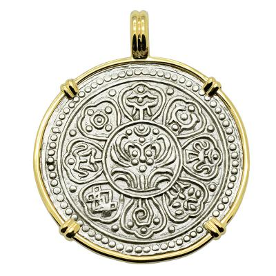 Tibetan 1850-1880's, Ga-Den Tanka in gold pendant