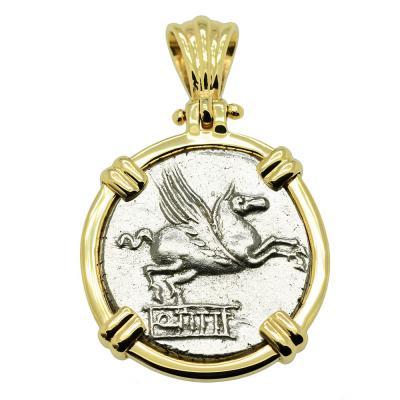 Roman 90 BC Pegasus coin in gold pendant