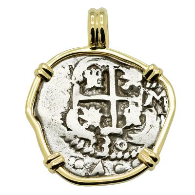 1730 Spanish 2 reales coin in gold pendant