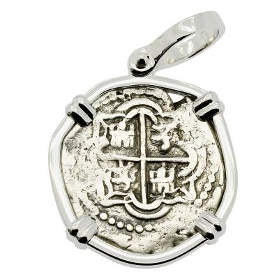 1618-1621 Spanish 1 real coin in gold pendant