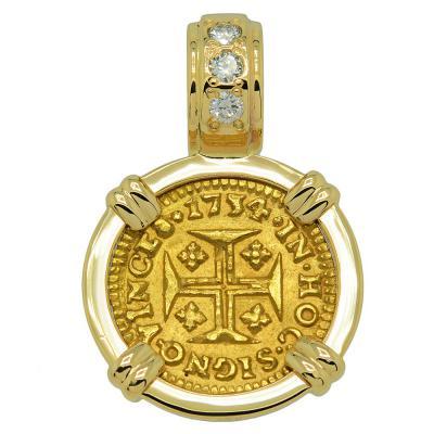 1734 Portuguese 400 Reis in gold pendant with diamonds