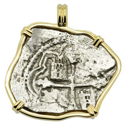1641 Concepcion shipwreck 8 reales in gold pendant