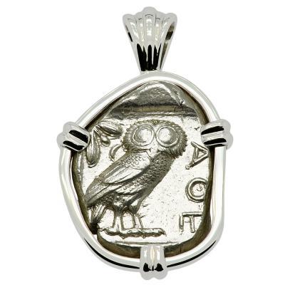 454-404 BC Owl tetradrachm coin in white gold pendant