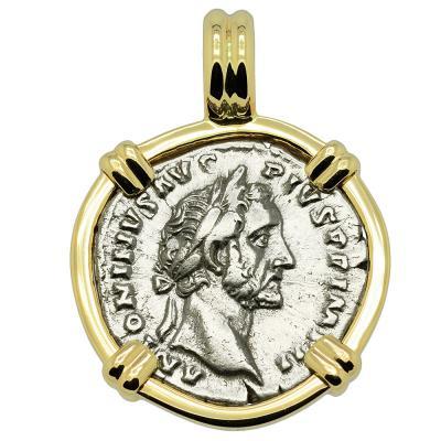 AD 155-156 Antoninus Pius denarius in gold pendant