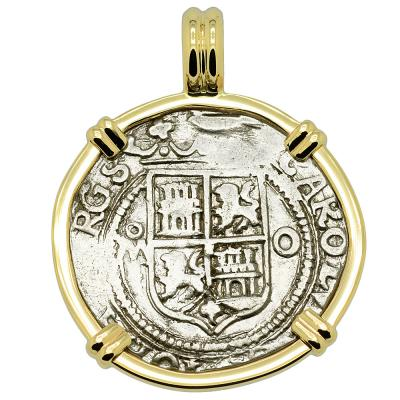 1555-1571 Spanish 1 real coin in gold pendant