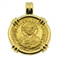 Byzantine 963-969, Jesus Christ with Virgin Mary and Nicephorus II in 18k gold pendant.
