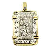 Japanese Shogun 1837-1868, Ichibu-Gin in 14k gold pendant.