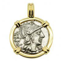 Roman Republic 136 BC, Roma and Jupiter Chariot denarius in 14k gold pendant.