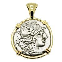 Roman Republic 140 BC, Roma and Victory chariot denarius in 14k gold pendant.