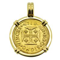Portuguese 1000 Reis dated 1718, with cross and crown in 18k gold pendant.