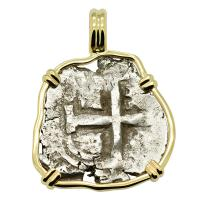 Colonial Spanish Peru, King Philip V one real dated 1717, in 14k gold pendant.