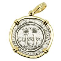 Colonial Spanish Mexico, Johanna and Charles I one real 1548-1553, in 14k gold pendant.