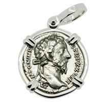Roman Empire AD 174, Marcus Aurelius and Felicitas denarius in 14k white gold pendant.