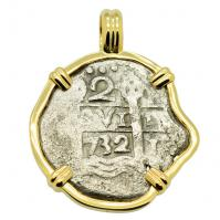 Spanish 2 reales dated 1732 in 14k gold pendant, 1743 British East India Co. shipwreck.
