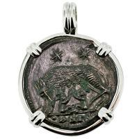 #9140 She Wolf & Roma Nummus Pendant