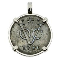 Dutch East Indies Company VOC duit dated 1746 in 14k white gold pendant.