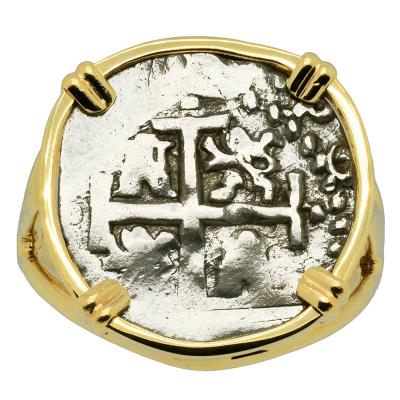 1689 Spanish 1/2 real in gold ladies ring